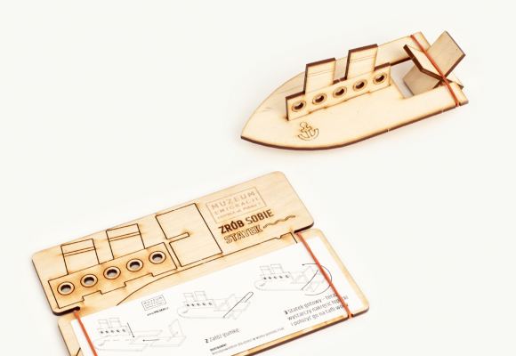 łódka, napęd na gumkę, zabawka, sklejka, dizajn, projektowanie,
