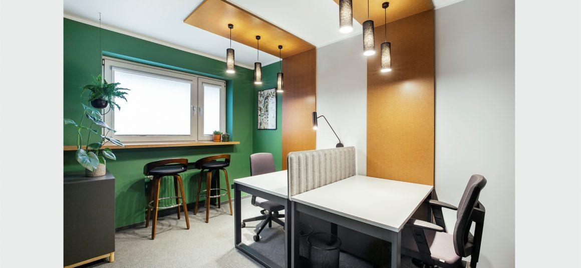 projekt wnętrza biura, miejsce pracy, oświetlenie biurowe